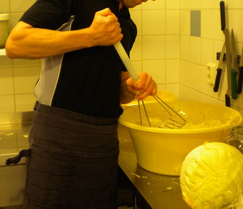 Fermenting cabbage